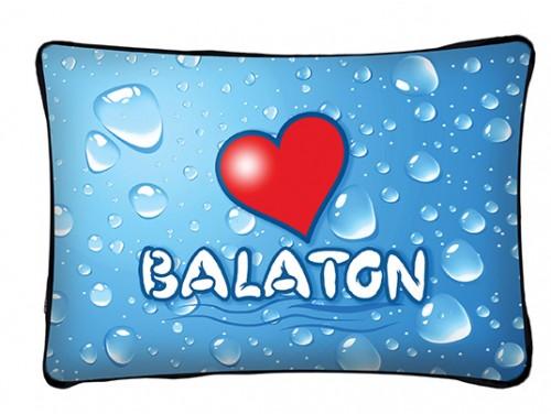 (PB014) Párna 37 cm x 27 cm - Vizcseppes Love Balaton - Balatonos Ajándéktárgyak