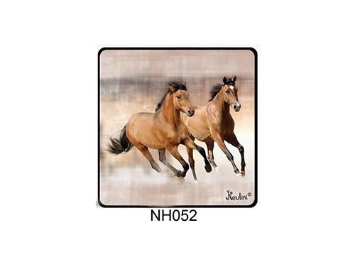 (NH052) Hűtőmágnes 7,5 cm x 7,5 cm - Futó ló pár - Lovas ajándékok