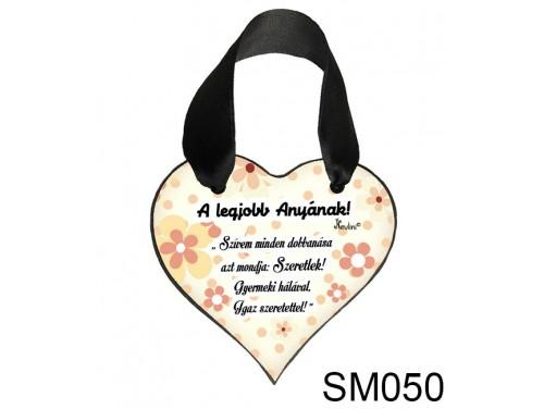 (SM050) Szív akasztóval 9 cm x 9,5 cm - A legjobb anyának – Ajándék Anyukáknak – Anyák napi ajándék