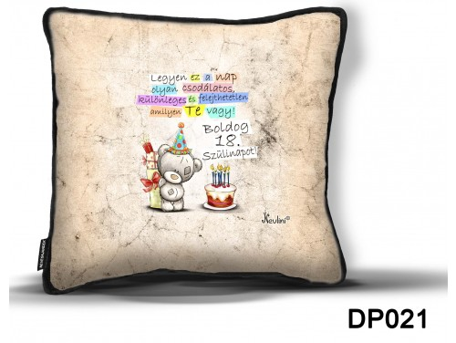 (DP021) Díszpárna 26 cm x 26 cm - Boldog Szülinapot 18 macis – Születésnapi Ajándék