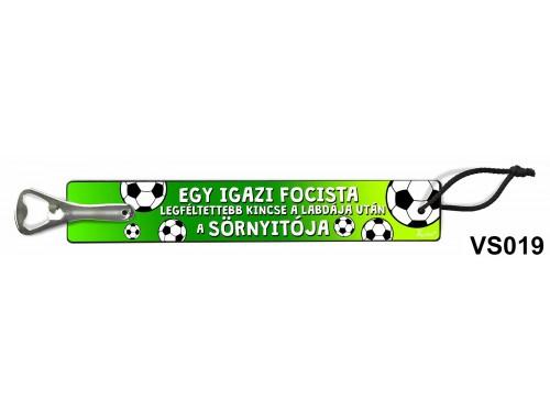(VS019) Vicces sörnyitó - Egy igazi focista – Vicces ajándék