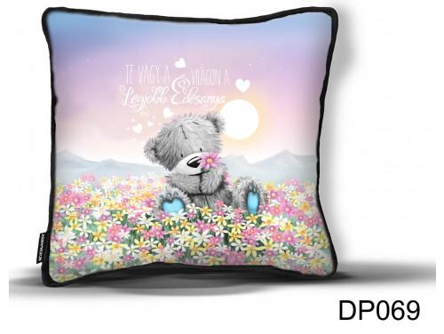(DP069) Díszpárna - Maci Virágmező Anya - Ajándék Anyáknak