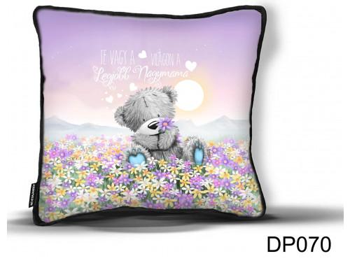 (DP070) Díszpárna - Maci Virágmező Mama - Ajándék Nagymamáknak